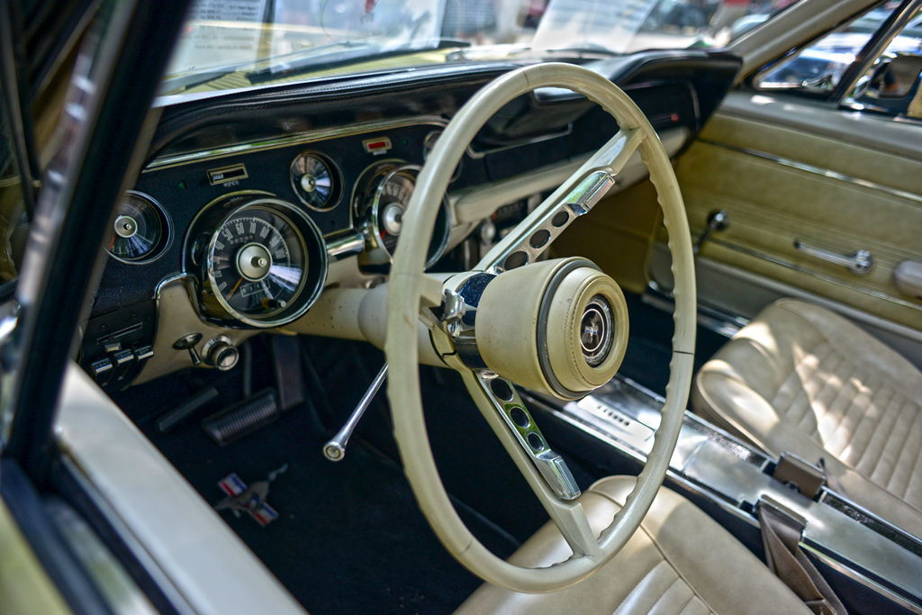 Mennecy-dream-cars-3-5