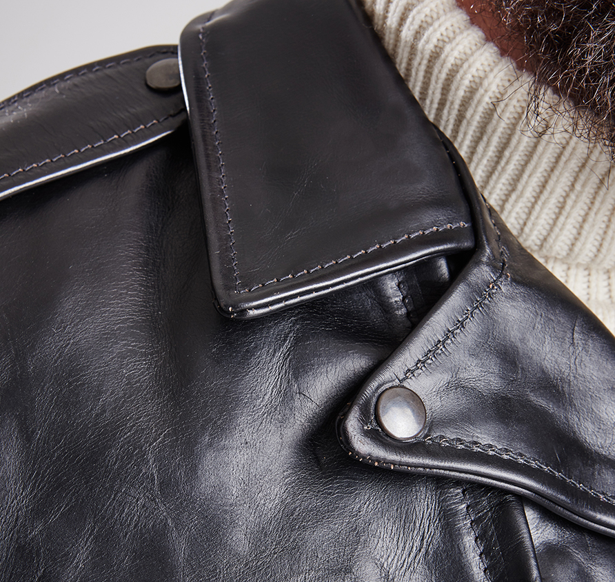 Barbour-International-Phradeo-leather-3