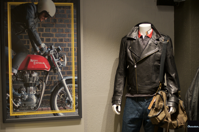 Royal-enfield-concept-store 4
