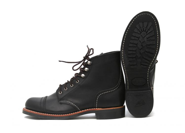 red-wing-shoes-3366-iron-ranger-black-boundary-1
