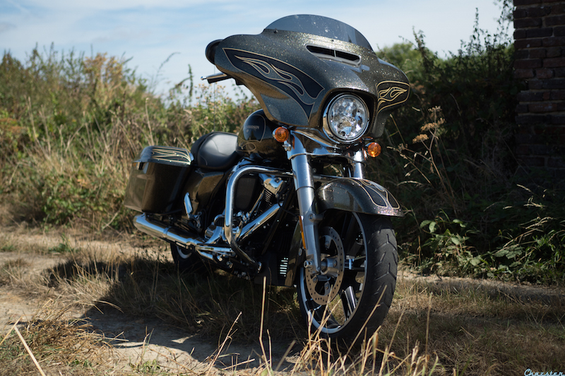 street-glide-milwaukee-eight-107-my17-3