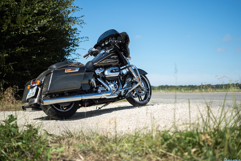 street-glide-milwaukee-eight-107-my17-4