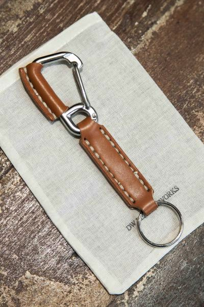 nifty-do-dw-leatherworks-carabiner-ley